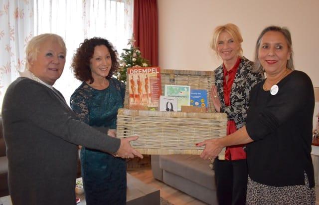 Monuta doneert waakmand aan hospices